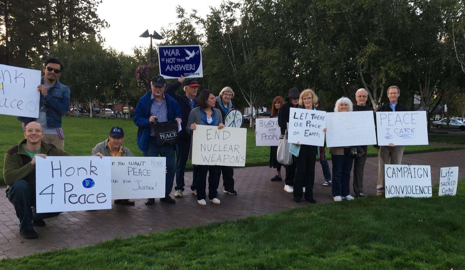 Beaverton, OR Peace Vigil CNV 2016 (7)