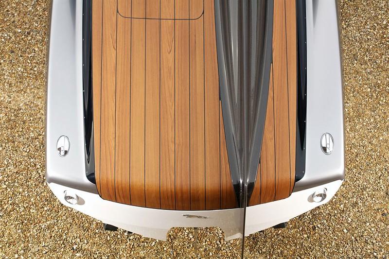 jaguar concept speedboat-5