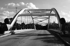Through Arch Bridges over US 59, Houston, Texas 1211041643bw