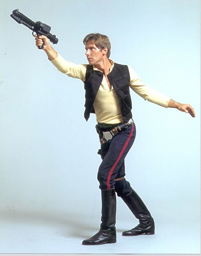 han-solo-star-wars-chronicles-promo-stormtrooper-blaster-alt