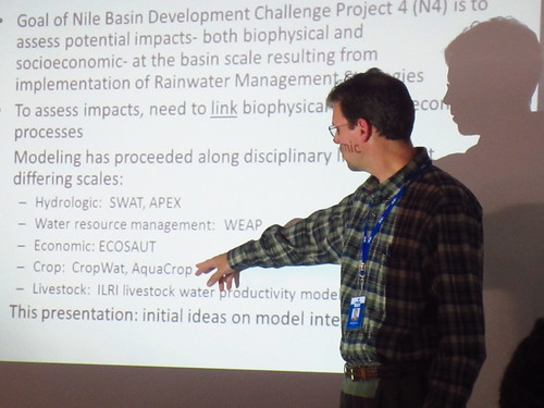 Randall Ritzema (IWMI) Introduces the project of integrating modeling approaches (Credit: ILRI/Le Borgne)
