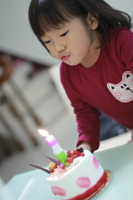 小欣欣三歲生日