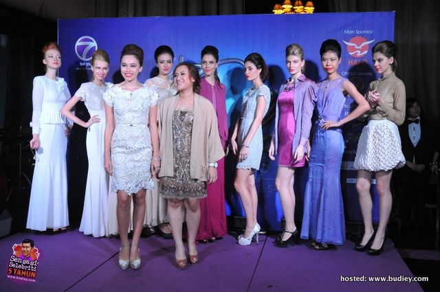 Fashion Show - Collections from Nisa Mazbar