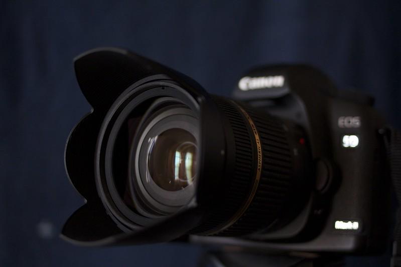 Tamron A09 & Canon 5D Mark II