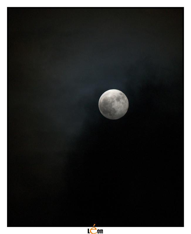 Essai de lune 8228118928_3dc7e7574a_c