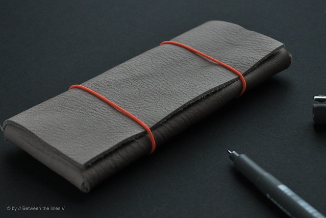No Sew Leather Pencil Case :: a DIY - Between the Lines