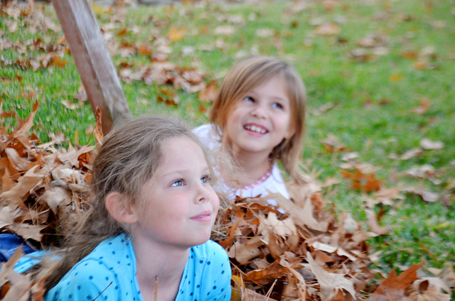 avery and halie in leaves