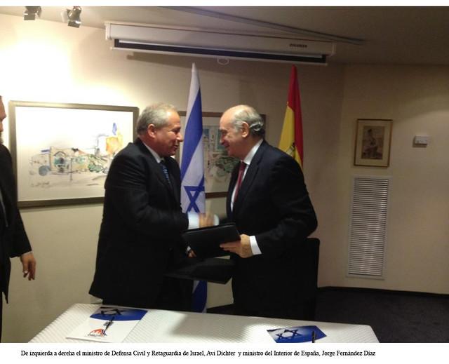 El ministro del interior de espa a jorge fern ndez d az for El ministro de interior
