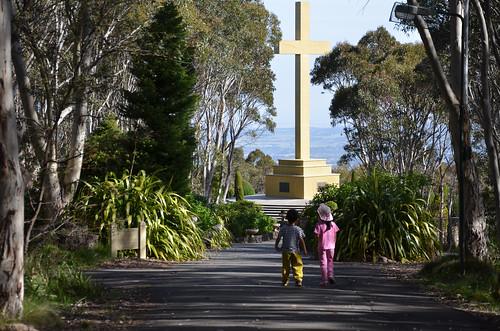 Memorial Cross 01