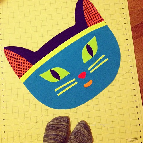 Kitty pillow is almost finished #handmade #cat #pillow #sewing #kotikey