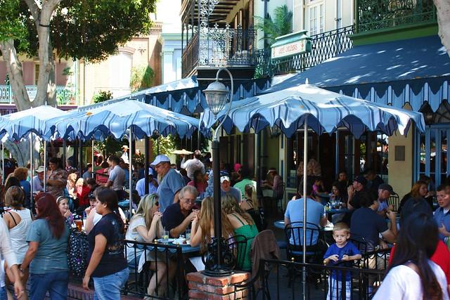 Café Orleans patio