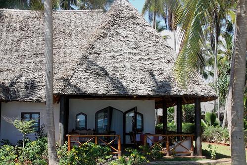 praia beach tanzania hotel zanzibar bluebay nov2012