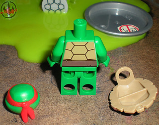 "LEGO Teenage Mutant Ninja Turtles :: ""Stealth Shell in Pursuit"" ; Raphael iv (( 2013 ))"