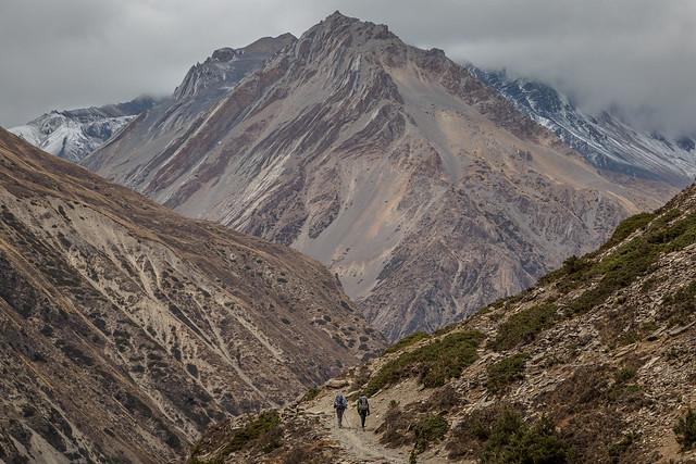 Towards the Thorung La Pass
