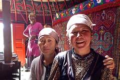 In einer Nomaden-Jurte auf dem Pamir-Hochplateau. Foto: Günther Härter.