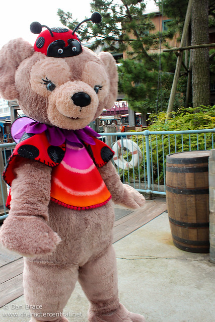 Meeting ShellieMay, The Disney Bear