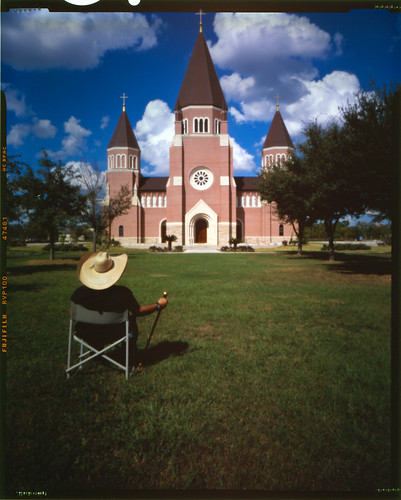 church hat iso100 catholic pinhole velvia f250 ourladyoflourdes fl90mm ph350 angleofview90degrees