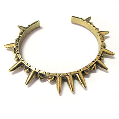 Princess Dominique Favorite Things LASPACENY Crown Bangle