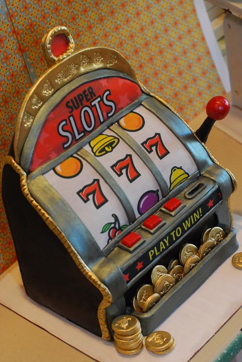 casino machine cake