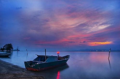 laut1 by mkajunai