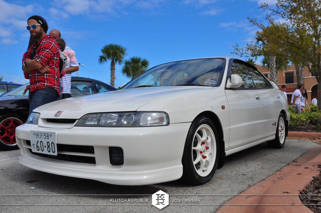 white acura dc2 4 door integra type r itr shot at simple clean 4 in florida 3pc wheels static airride low slammed coilovers stance stanced hellaflush poke tuck negative postive camber fitment fitted tire stretch laid out hard parked seen on klutch republik