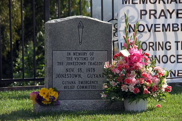 jonestownmemorial6655