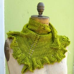 2012-11_GraceAkhrem-SeaweedScarf