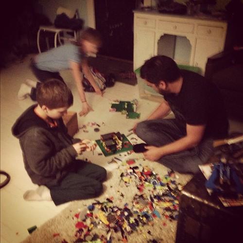 Thanksgiving Eve Lego-a-thon @joshhudnall