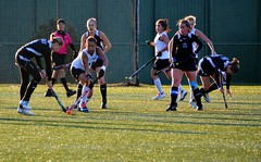 stick and ball games(1.0), sports(1.0), team sport(1.0), hockey(1.0), field hockey(1.0), tackle(1.0), player(1.0), ball game(1.0), team(1.0),