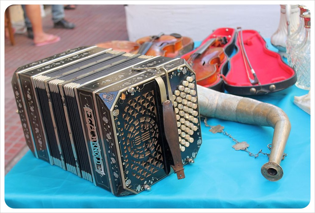 san telmo market accordeon
