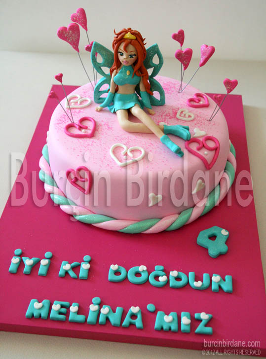Winx Bloom cake