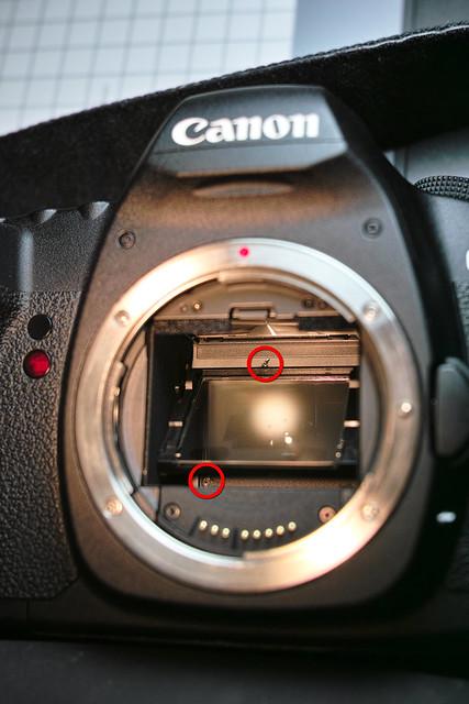 20121129_03_5D2のシャッターに穴が空いたぁ~!!orz