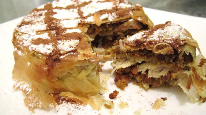 Moroccan chicken pie – Pastilla | Taste of PhD