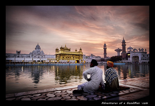 friends india building architecture sunrise gold religion landmark sikh punjab pinksky amritsar sheik goldentemple punjabi seik amritsarovar poolofnectar