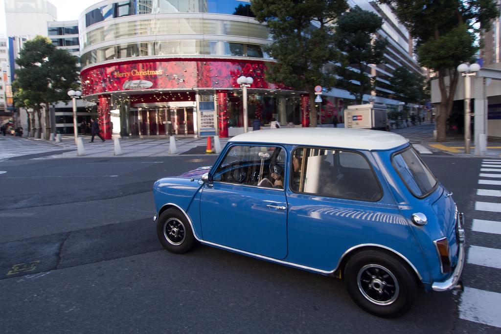 青いミニ 2012/12/12 OMD22134