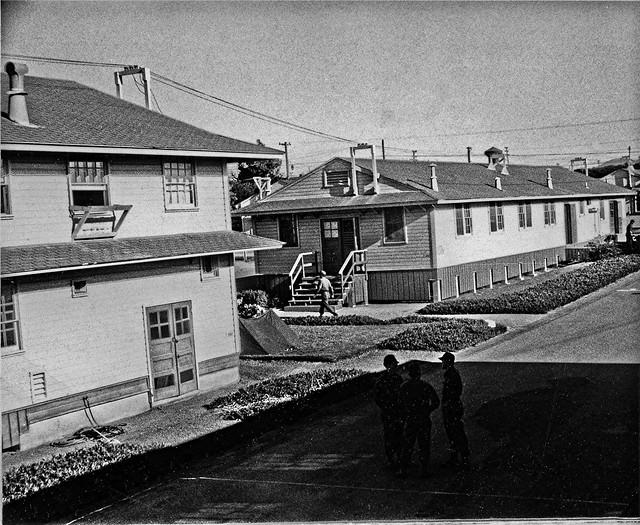 Fort Ord basic training barracks & mess hall Aug 1968