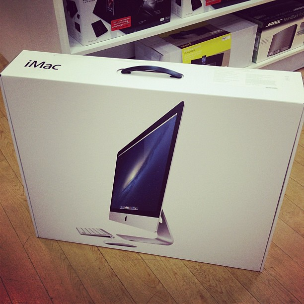 "One of the luckiest customer! Awesome 27"" iMac here we go!"
