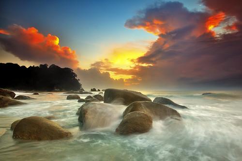 sunrise wave splash bora kuantan pahang teluk tuah cempedak roslan