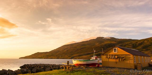 Grenivík - Hlíðarendi
