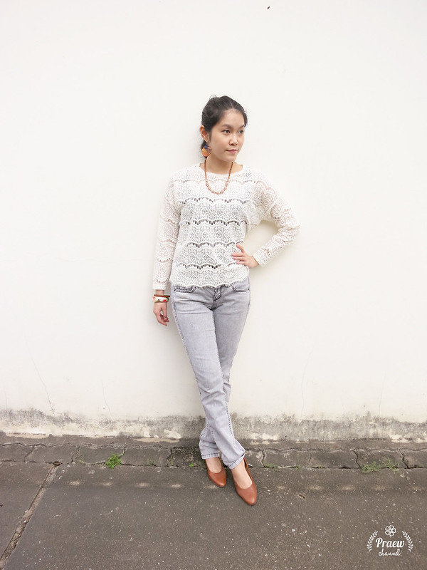 Style Me: Lace & Jeans