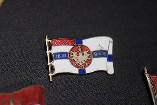 1914 Polish flag pin