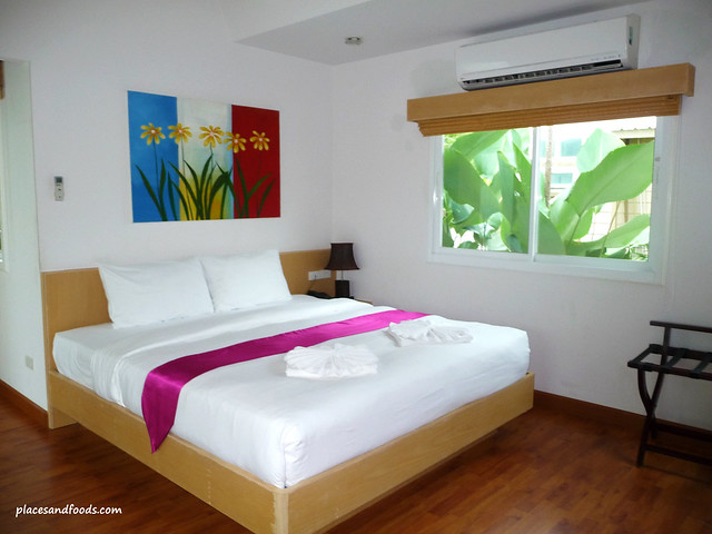 palm paradise resort krabi chalet bed