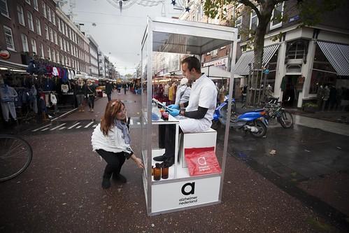 Menselijk speelautomaat zet hart op de juiste plek