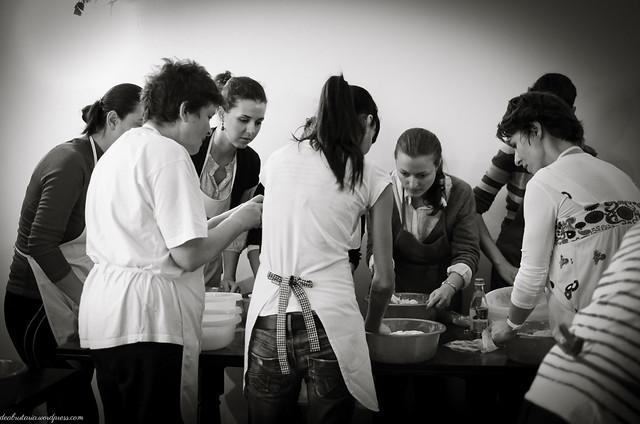 8169066751 72351bb1dc z Poze si impresii de la atelierele de paine din Bucuresti