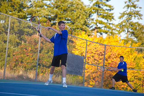 Autumn tennis by The Bacher Family