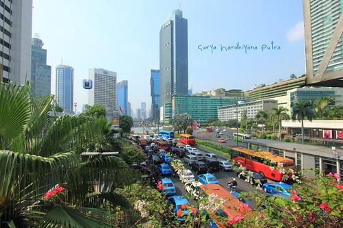 Kemacetan di Bunderan Hotel Indonesia, Jakarta