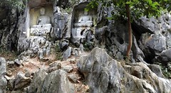 Lingyin Temple 靈隐寺 - Feilai Peak 飛來峰