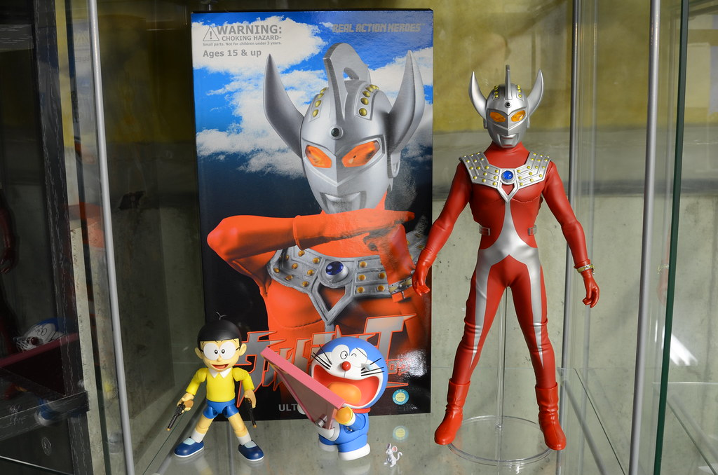 Doraemon + Ultraman Taro display