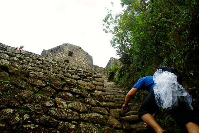 josh climbing wayan picchu in peru