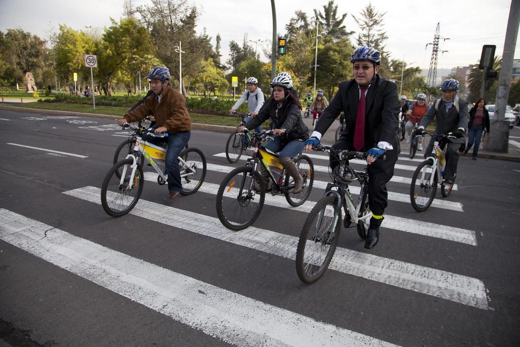 Cittadini in bicicletta, migliora la qualità dell'aria